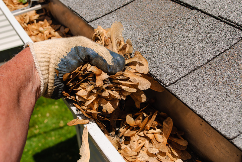 Gutter-Cleaning-Service-Seattle-WA